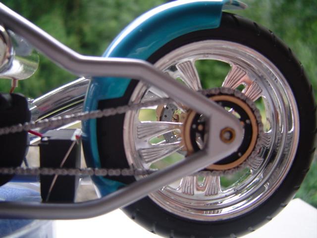 --MOTO RM 1/12 custom full transfo --(FINI LE 12/07/08) - Page 2 Dsc03422