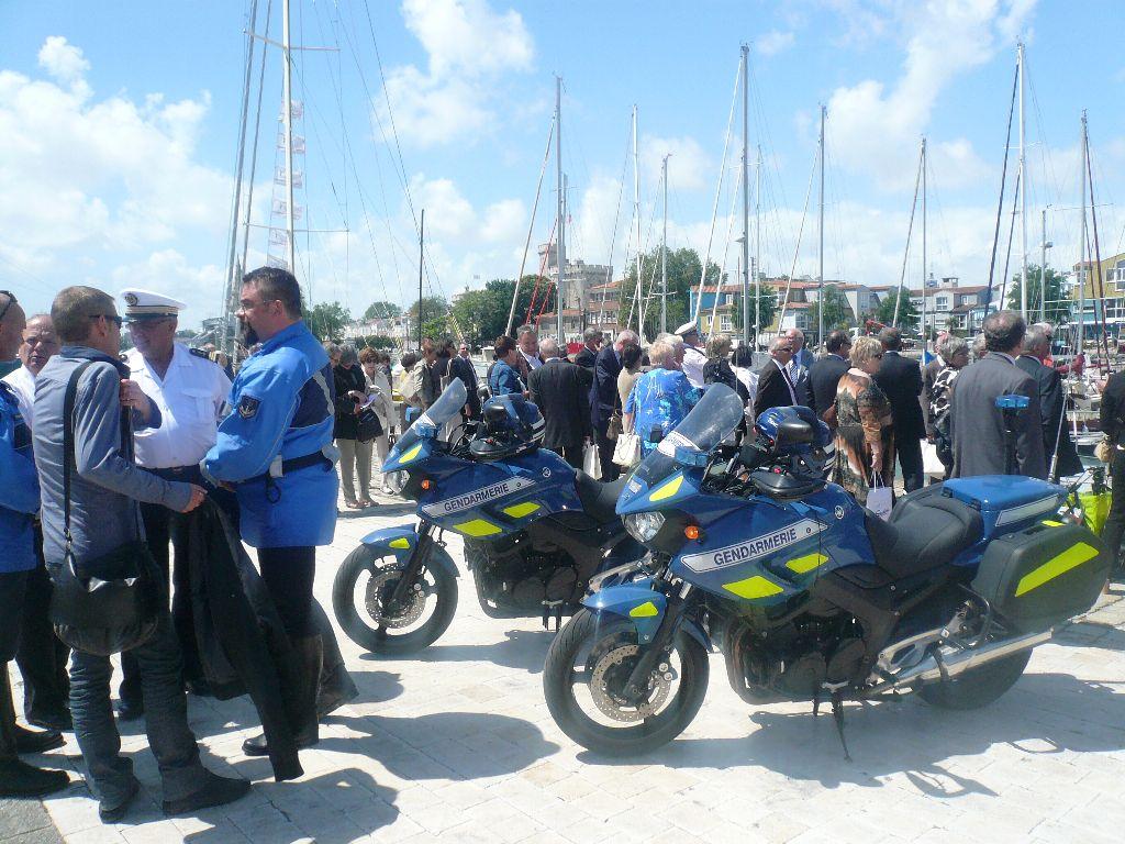 [ Divers Gendarmerie Maritime ] P613 Charente une VCSM de la Gendarmerie Maritime 133