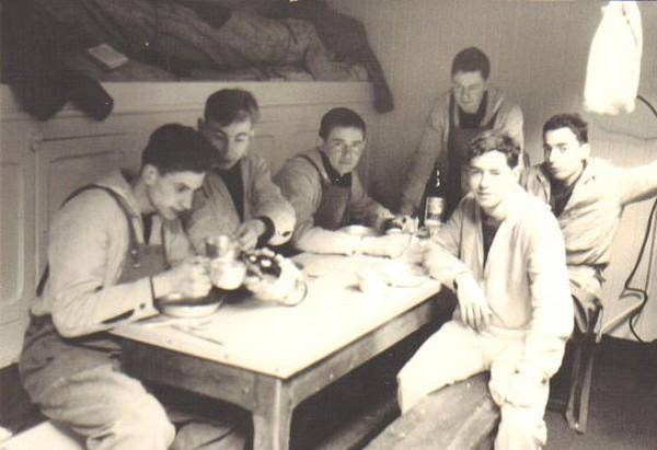 Le DOLPHIN, ex-voilier école, prédécesseur du MUTIN A_bord10