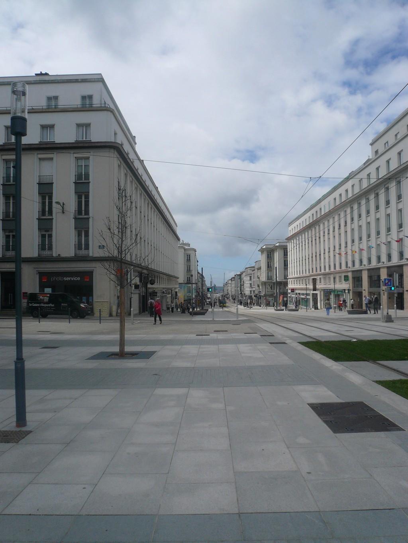[Les ports militaires de métropole] Port de Brest - TOME 1 - Page 37 P1100313