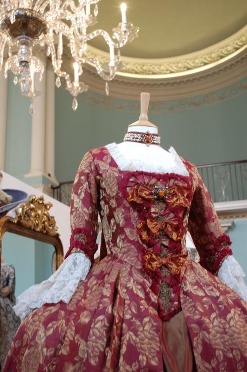 Dressing the Stars at Bath Fashion Museum Charlo10
