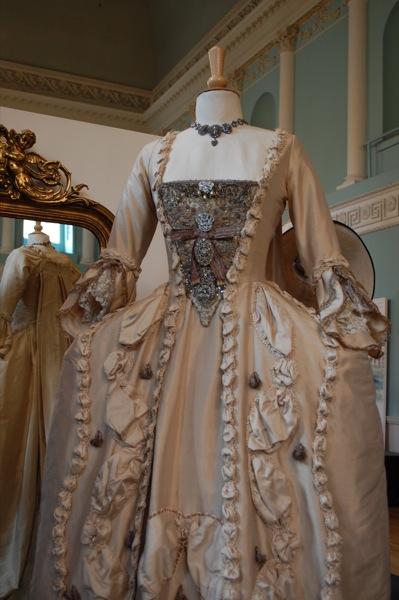 Dressing the Stars at Bath Fashion Museum Weddin10