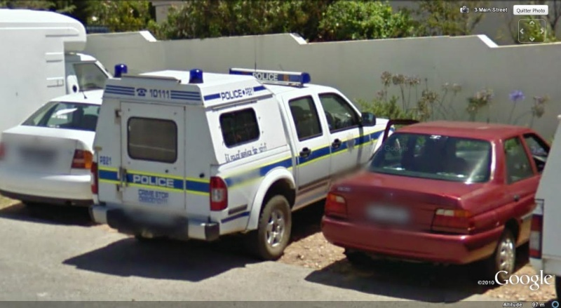 STREET VIEW : véhicules de police du monde - Page 7 Police10