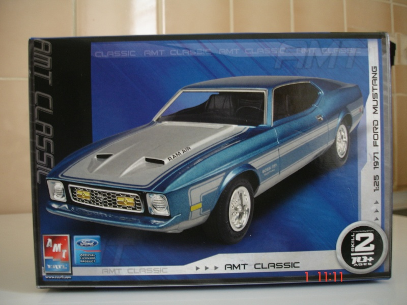 James Bond 71 Mustang Mach1  Dsc03020