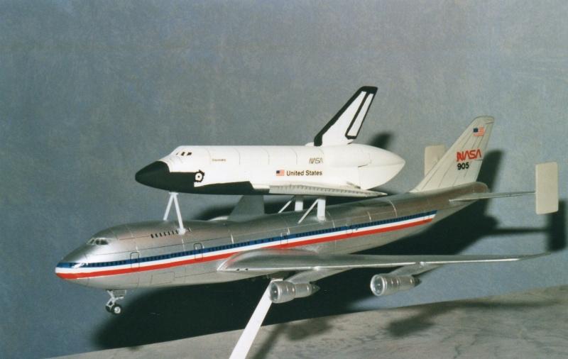 [REVELL] BOEING 747 & Navette SPATIAL 1/144ème  Réf H-177 Img08310