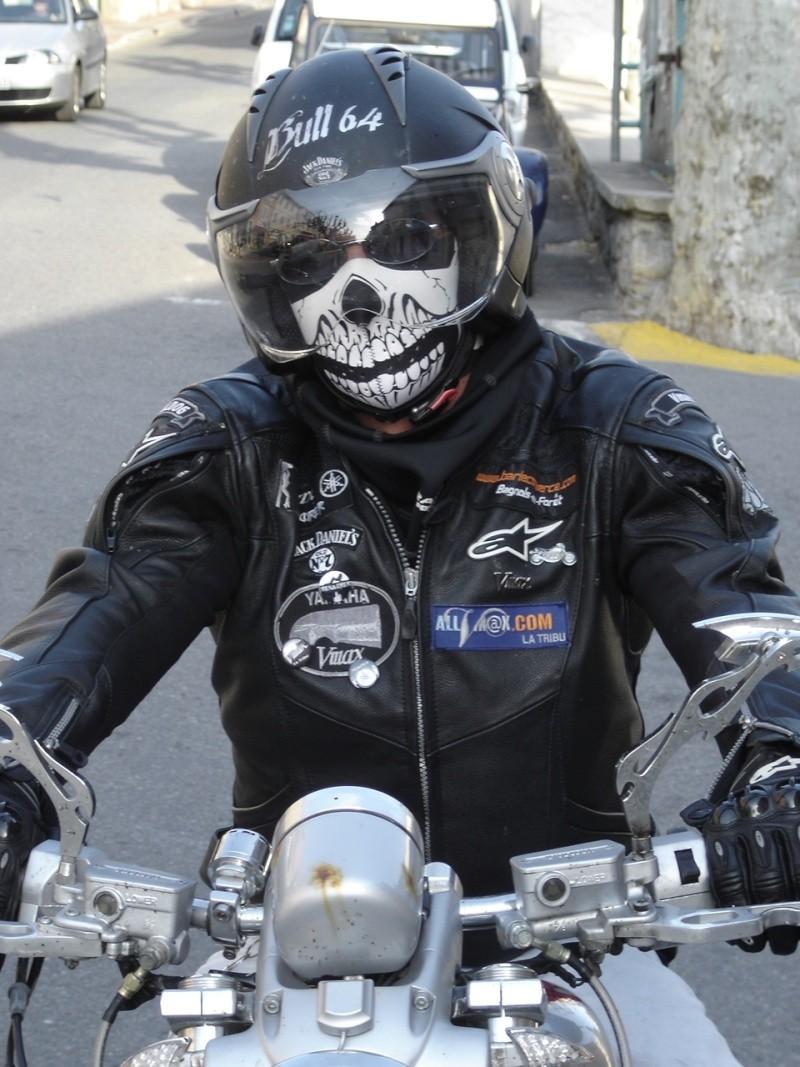Un KAWA en TERRASSE - vous roulez avec quel équipement en moto? Dsc02410