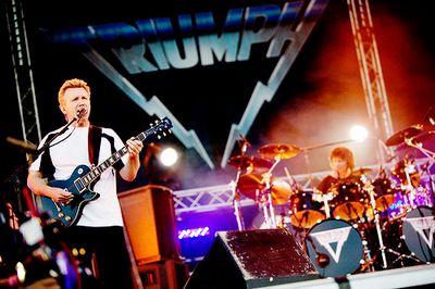 Triumph Triump13