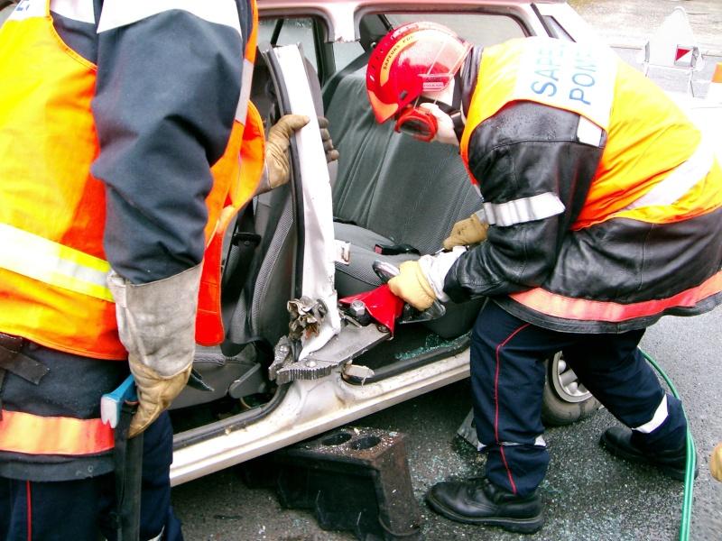 Véhicule de secours routier Montan10