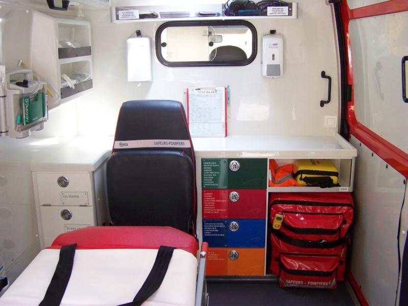 Véhicule de secours et d'assistance aux victimes (V.S.A.V.) Vsav_p12
