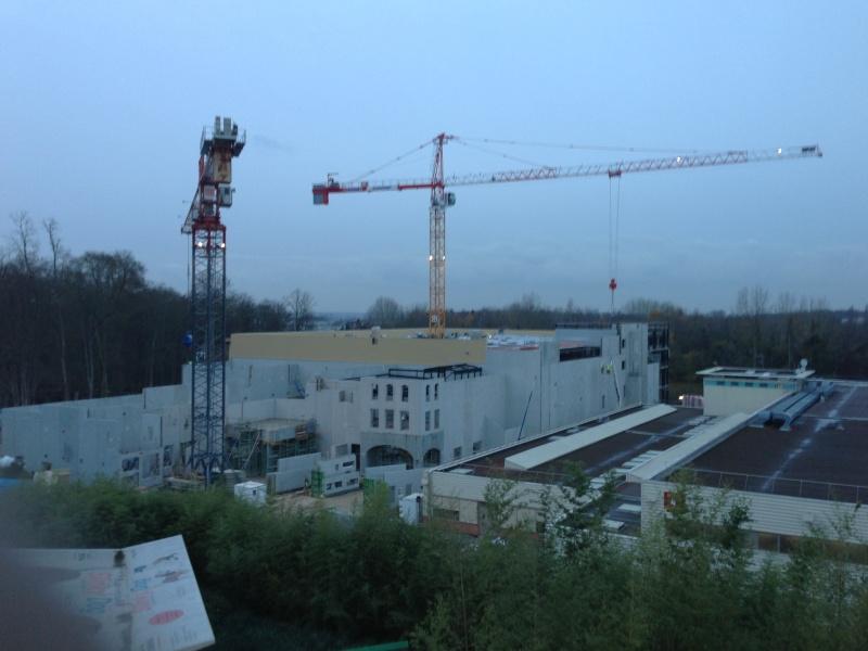 """Construction du Dark Ride  """"Ratatouille - L'Aventure Totalement Toquée de Rémy """"pour 2014 - Page 4 Photo_44"""