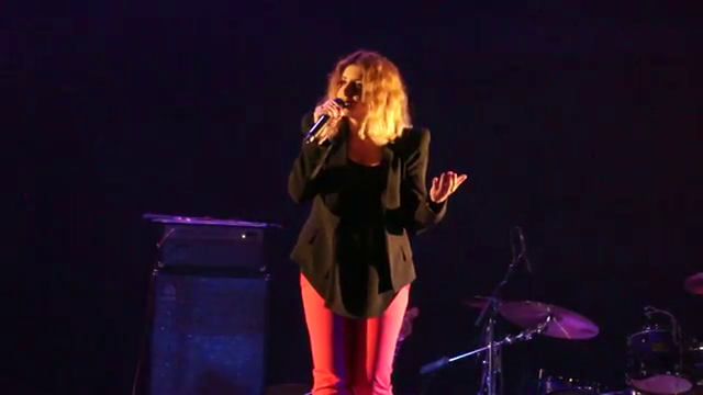Captures << Concert à Kiev >> 01/06/2012 Vlcsn371