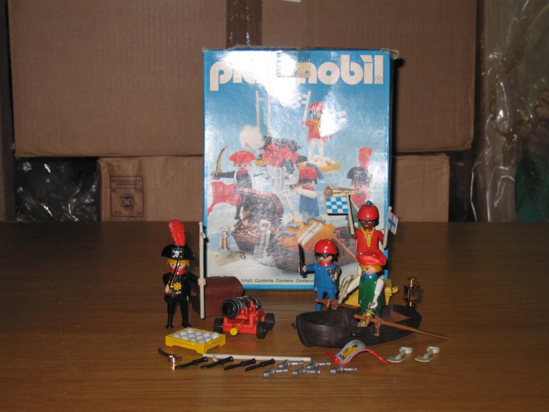 PLAYMOBIL : le thème des PIRATES ( Vintage ) Img_1012