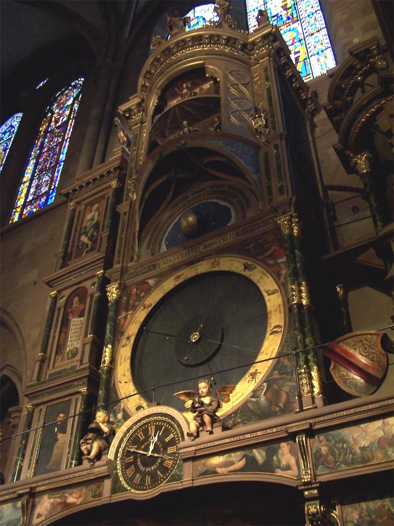 L'horloge astronomique de Strasbourg Hor210