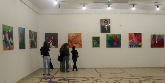 معرض طلبة معهد الفنون والحرف بالقيروان أفريل 2008 Expo_p11