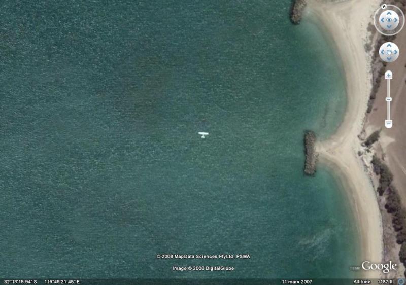 Les avions en plein vol vus sous google earth Ll10