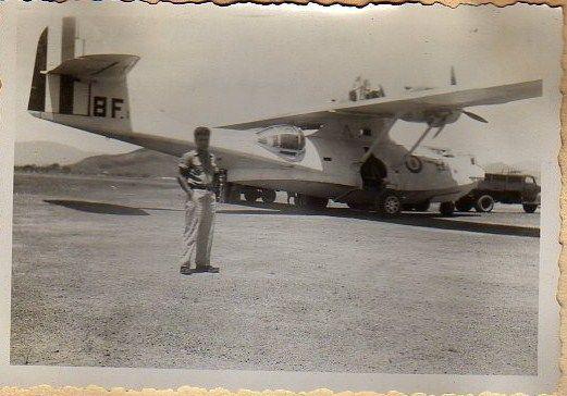 [Les anciens avions de l'aéro] Catalina - Page 2 Img38010