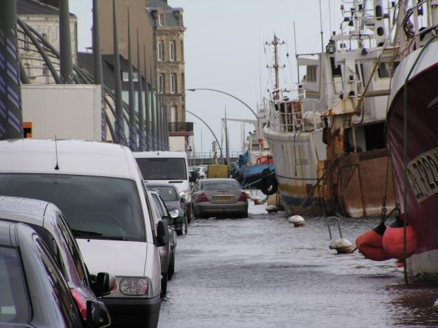 [Activité des ports hors Marine] LE PORT DE CHERBOURG - Page 7 Inonda10
