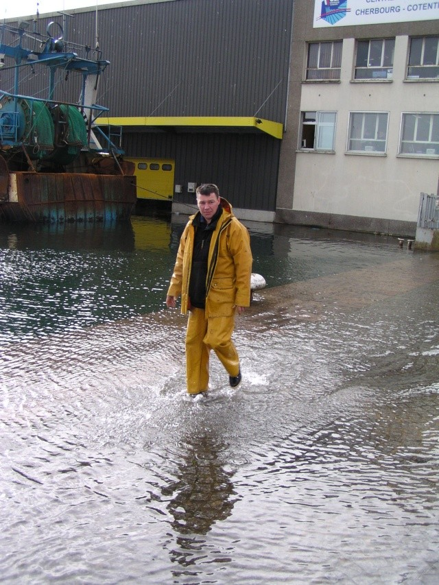 [Activité des ports hors Marine] LE PORT DE CHERBOURG - Page 7 Inonda12