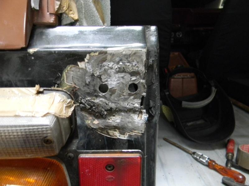 Soudure carrosserie fixation Hayon roue de secours Dscn0622