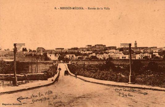 Meknès, ville de garnisons Bou_a10