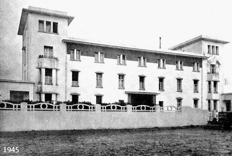 Le Tanger Fès à Meknès, les Gares, L'Ecole Cie_sn10