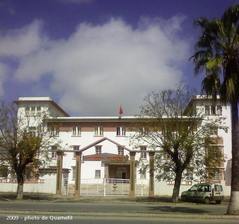Le Tanger Fès à Meknès, les Gares, L'Ecole Imm_ch11