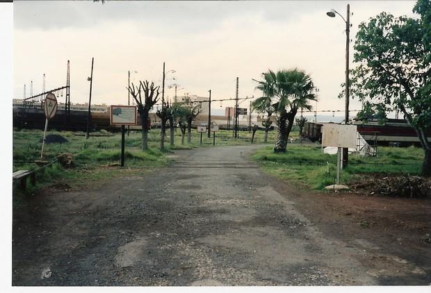 Le Tanger Fès à Meknès, les Gares, L'Ecole Photo110