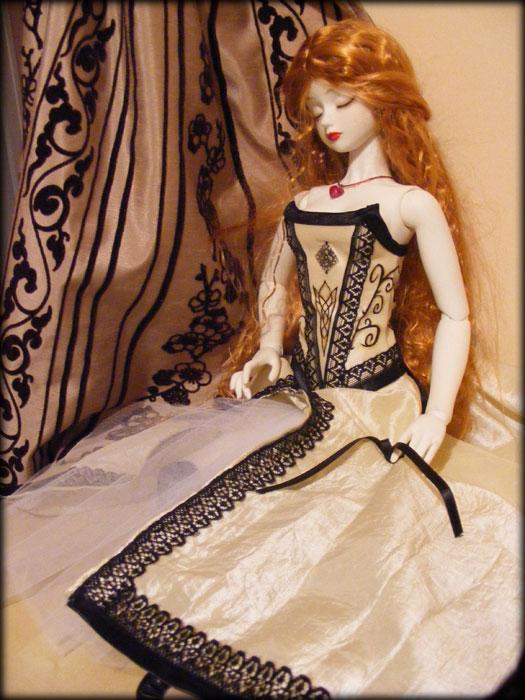 Loreena, ma belle endormie. le jeu de l'ombrelle p.2 Dscf2012