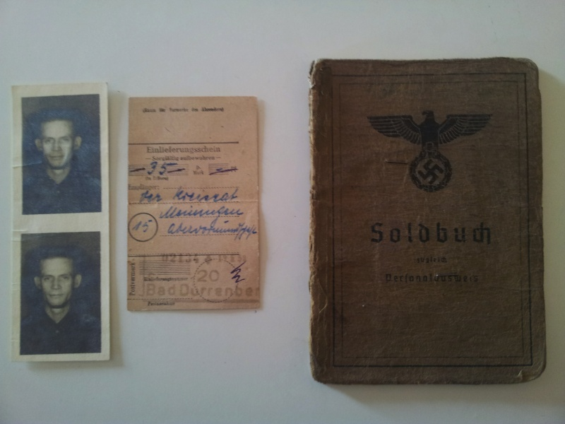 Vos livrets militaires allemands WWII (Soldbuch, Wehrpass..) / Heer-LW-KM-SS... 2011-106