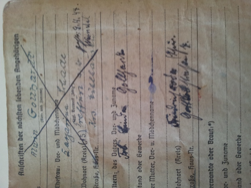Vos livrets militaires allemands WWII (Soldbuch, Wehrpass..) / Heer-LW-KM-SS... 2011-108