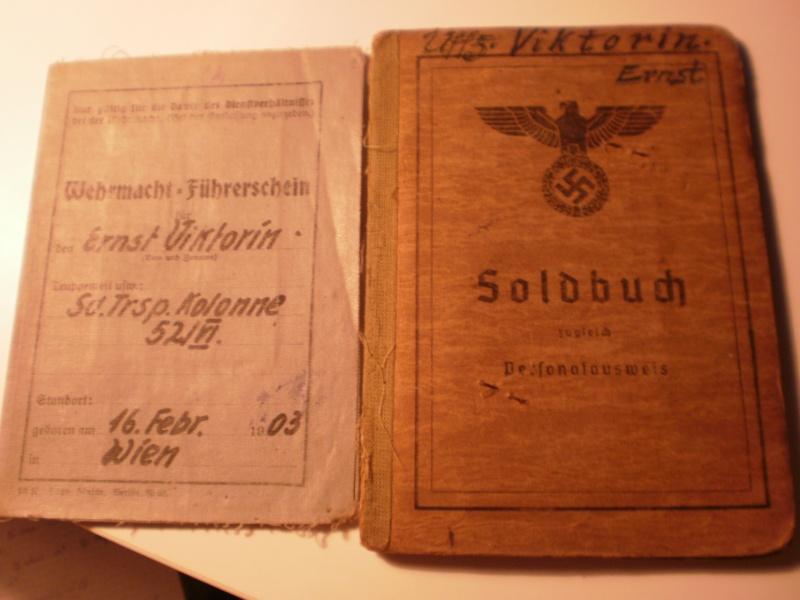 Soldbuch très complet + papiers divers P4170125