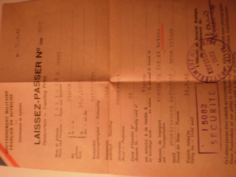 Soldbuch très complet + papiers divers P4170135