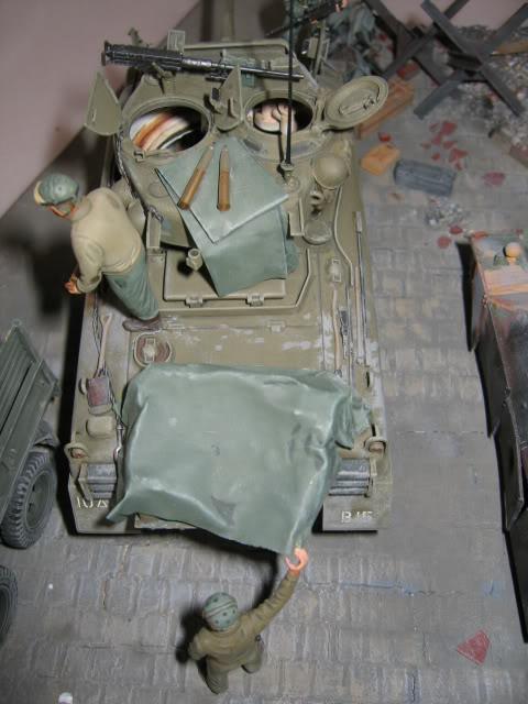 Sherman M4A1 Italeri - GMC CCKW 353 Heller - Dodge M6 Italeri - Jagdpanzer IV L/70 Italeri tout au 1/35e Allema19