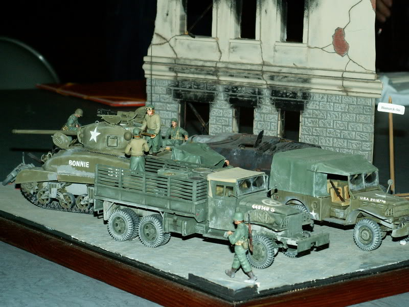 Sherman M4A1 Italeri - GMC CCKW 353 Heller - Dodge M6 Italeri - Jagdpanzer IV L/70 Italeri tout au 1/35e Allema21