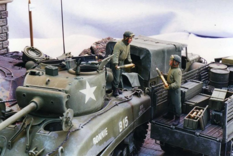 Sherman M4A1 Italeri - GMC CCKW 353 Heller - Dodge M6 Italeri - Jagdpanzer IV L/70 Italeri tout au 1/35e Allema29