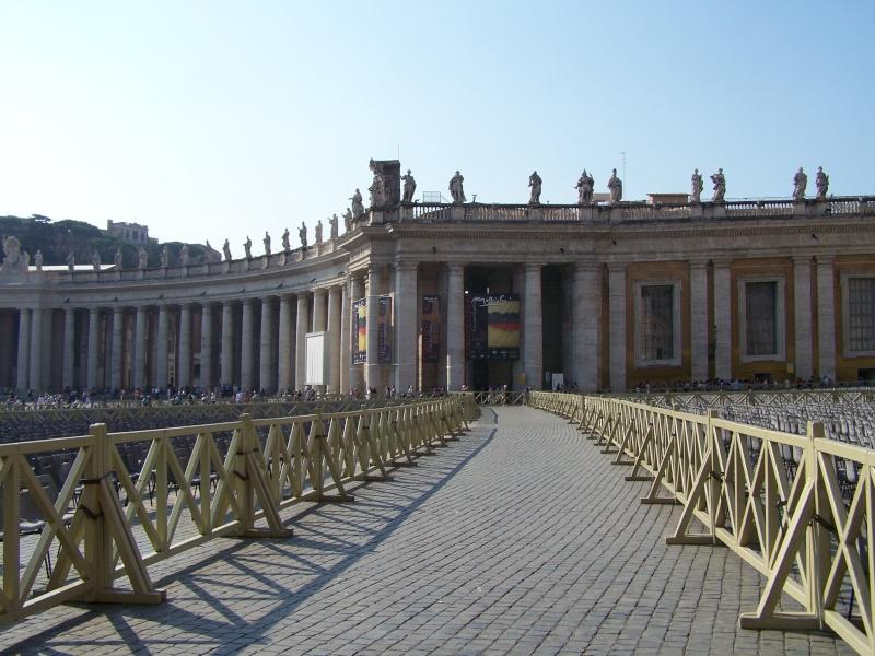 ROME.17 et 18 septembre 2011 - Page 2 7810