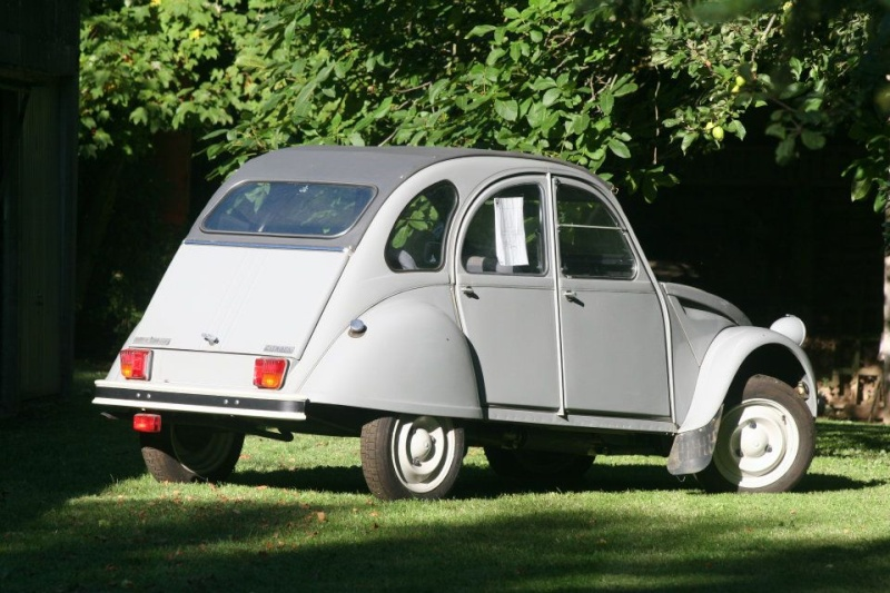 ALERTE VOL le derniere 2CV collection Roger Brioult 42311110