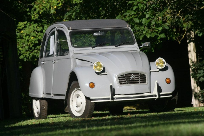 ALERTE VOL le derniere 2CV collection Roger Brioult 42681110