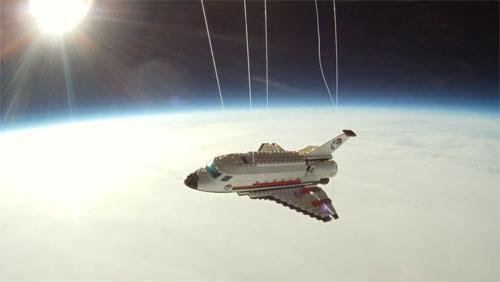 [LEGO] La navette de nouveau en vol ... Aaa014