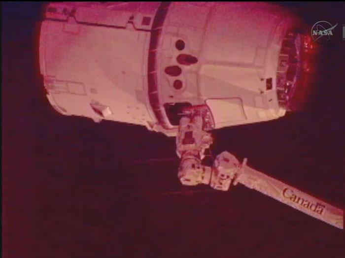 SpaceX / COTS-2: Lancement et suivi de la mission. - Page 14 Aaa234