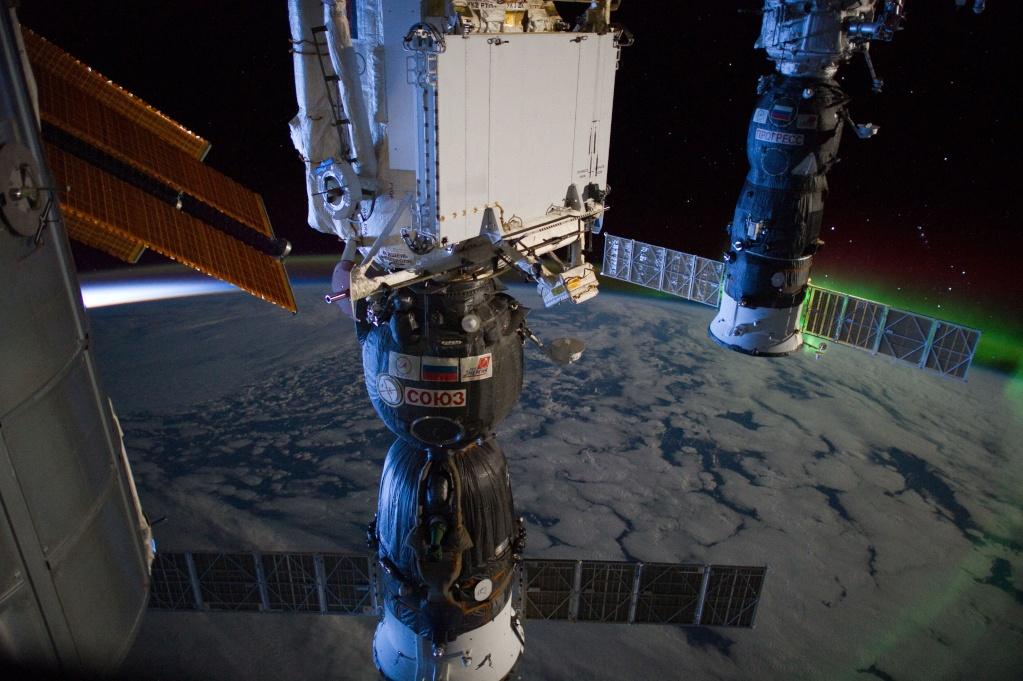 [ISS] Expédition 30: déroulement de la mission - Page 7 Iss03010