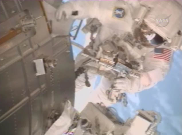 [STS124-Discovery] EVA2 Temp228
