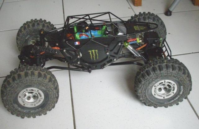 AX-10 chassis tube Imgp2710