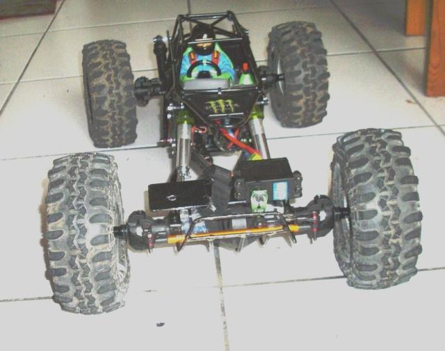 AX-10 chassis tube Imgp2711