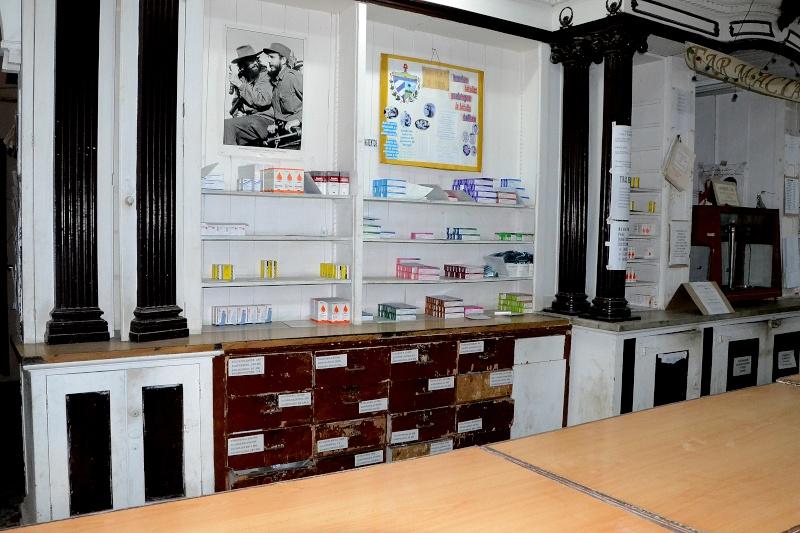 cherche pharmacie Dsc_0225
