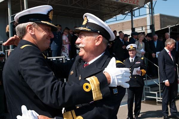 L'Amiral Robijns part à la retraite le 30.06.2011 - Page 2 Coc_nc11
