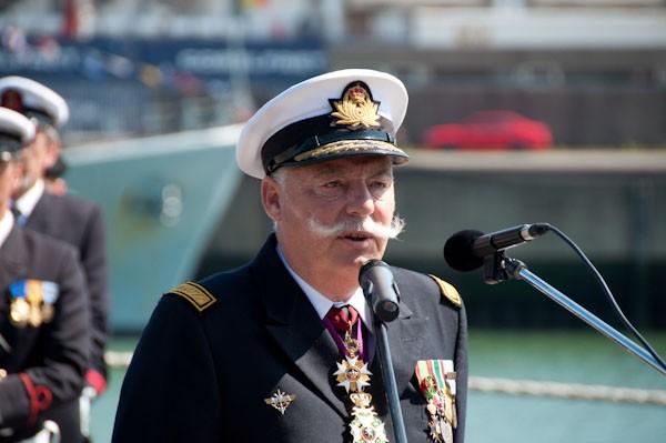 L'Amiral Robijns part à la retraite le 30.06.2011 - Page 2 Robijn10