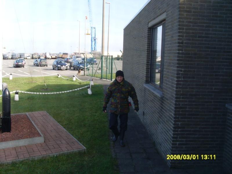 Zeebrugge naval base : news - Page 3 Sl370113