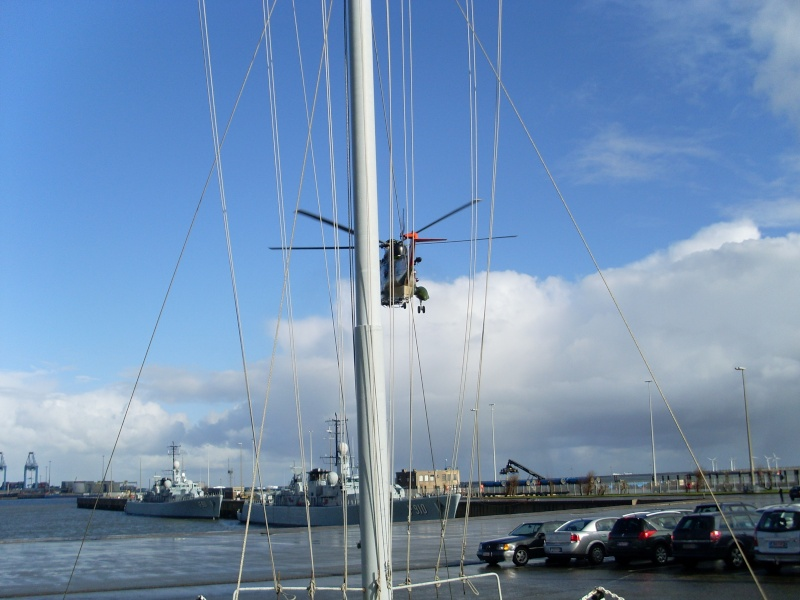 Zeebrugge naval base : news - Page 4 Sl370117