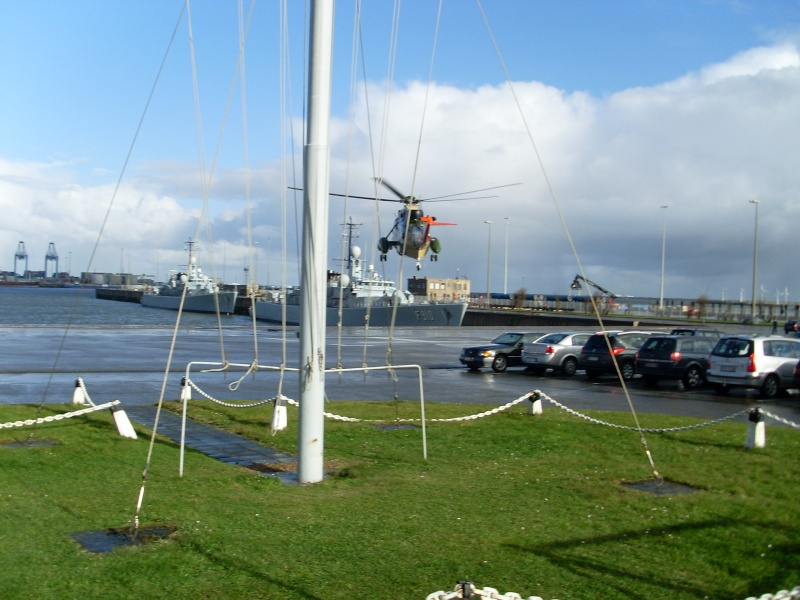 Zeebrugge naval base : news - Page 4 Sl370118